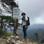 登山の時の一眼レフの携帯方法はこれがオススメ。コットンキャリアストラップショット